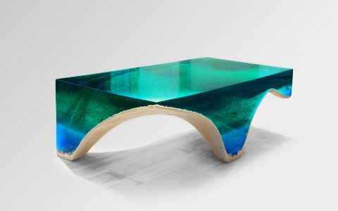 Be Drown To Look At This Incredible Design by Eduardo Locota | Eduardo Locota is a Romanian sculptor and designer. #interiordesign #centertables #cocktailtable #homedecor #interiordesigner Center Table Be Drown To Look At This Incredible Center Table by Eduardo Locota featured 6 480x300