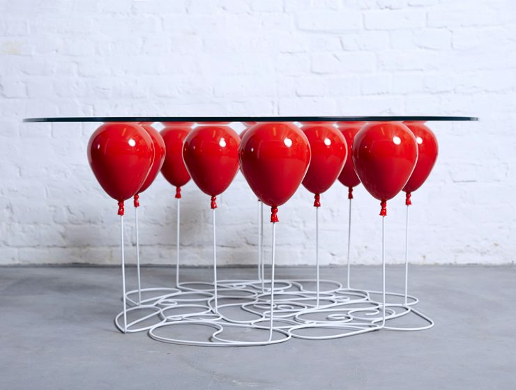 Go Up To The Clouds With This Balloon Table | Are you ready to go to the clouds through the clouds? #centertable #coffeetable #homedecor #livingroom #interiordesign Coffee Table Go Up To The Clouds With This Balloon Coffee Table featured 2 740x560