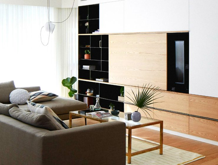 A Modern and Contemporary Home Decor With Unique Features   The unique steel and oak storage piece in the living room brings out the best of the modern design, an incredible creation in Israel's Central District. #interiordesign #homeinteriors #moderndecoration #contemporarydecor #israeldecor modern and contemporary home decor A Modern and Contemporary Home Decor With Unique Features featured 3 740x560