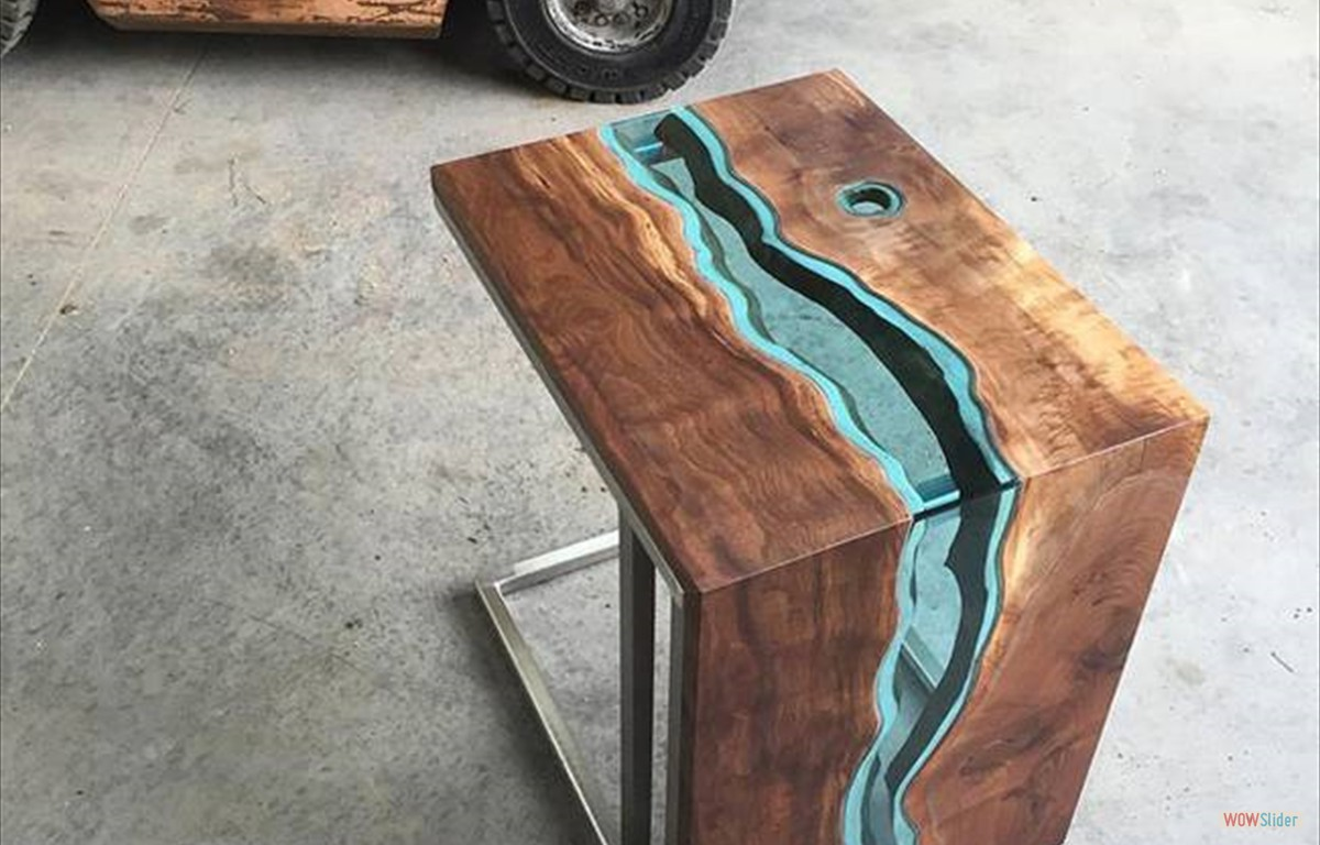 handmade pieces Greg Klassen The Creator of Handmade Pieces And Works of Art woodglassriverfurnituregregklassen12